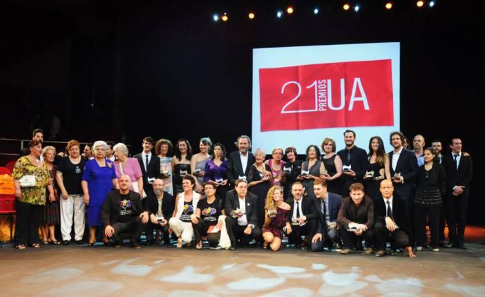 Foto de familia de los premiados. Fotografía por Rocío Pastor Eugenio