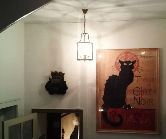 Le chat noir. Fotografía de/ por Rocío Pastor Eugenio. WOMANWORD