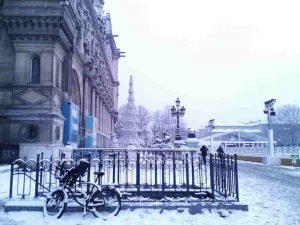 L'hiver à Paris. WOMANWORD