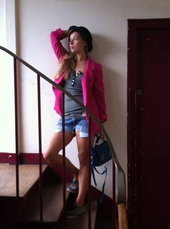 Street Style de Escalera. WOMANWORD