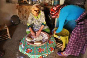 Descubriendo la vida en Tasselt by WOMANWORD
