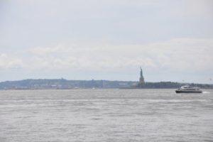 NYC Río Hudson by WOMANWORD