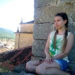 Cáceres Vlog: Hago aceite y duermo en los árboles