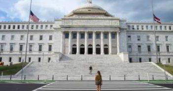 WOMANWORD en el Capitolio. Puerto Rico.