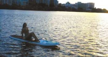 WOMANWORD Paddle Surf en Puerto Rico