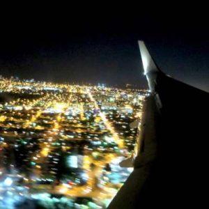 WOMANWORD sobrevolando Miami