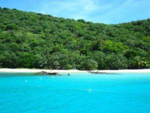 WOMANWORD en Isla Culebra Playa Flamenco Puerto Rico