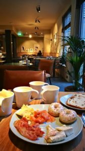 WOMANWORD Breakfast at Indigo Hotel