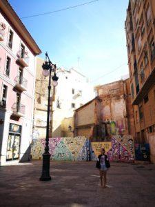 Valencia. WOMANWORD.