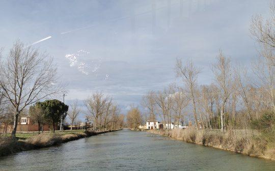 Tren del Canal de Castilla